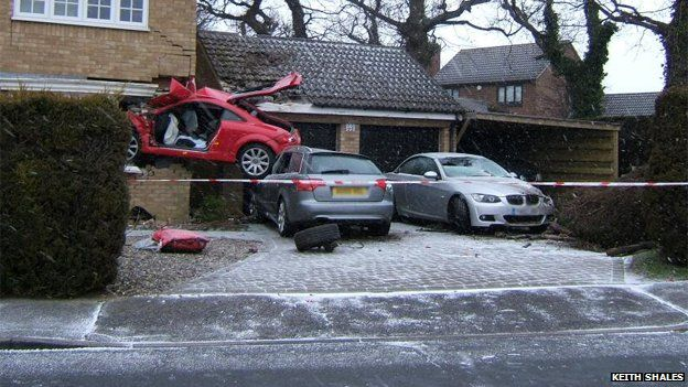 the-audi-tt-crashed-into-the-house-in-the-early-hours-of-sunday-morning.jpg