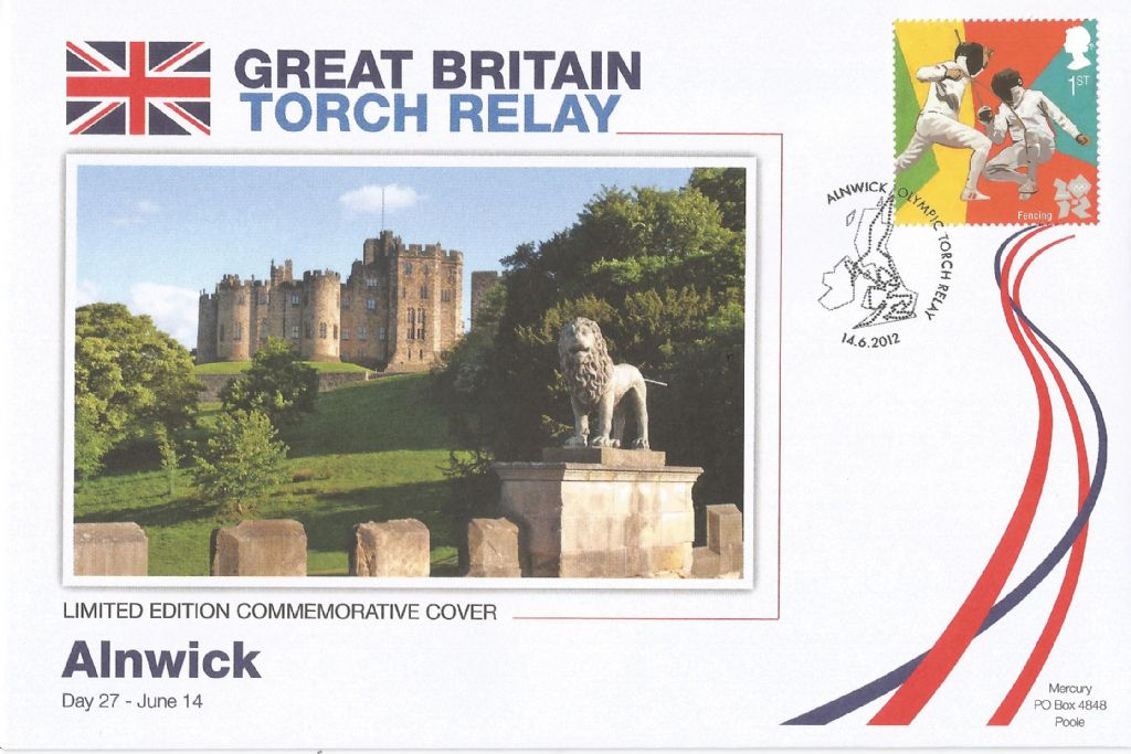 2012_alnwick olympic torch relay_18210.jpg