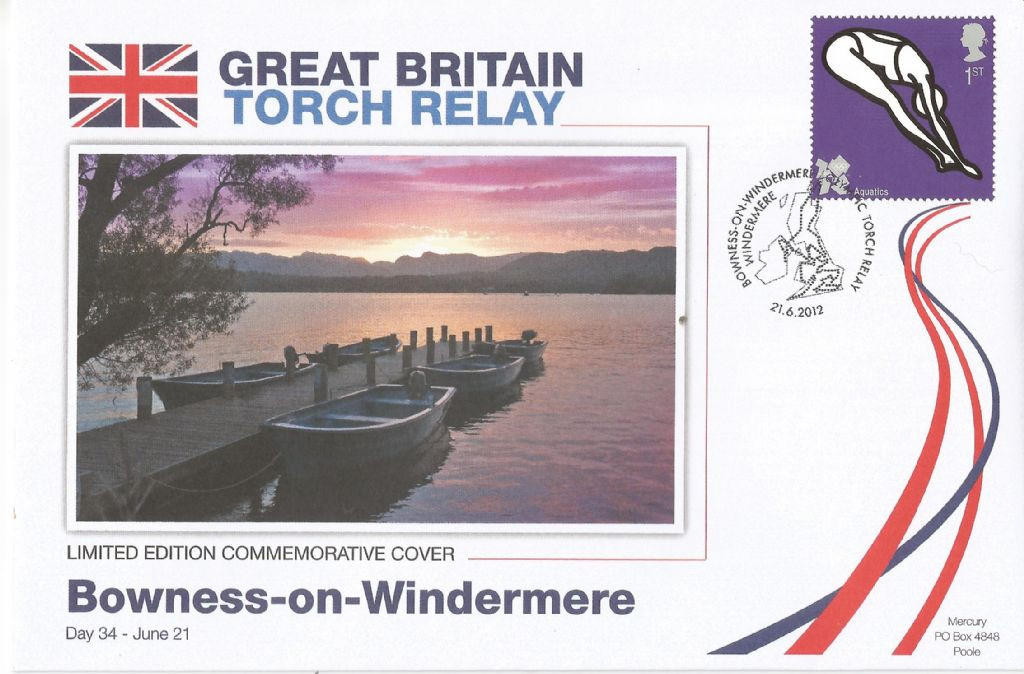 2012_bowness-on-windermere windermere olympic torch relay_18217.jpg