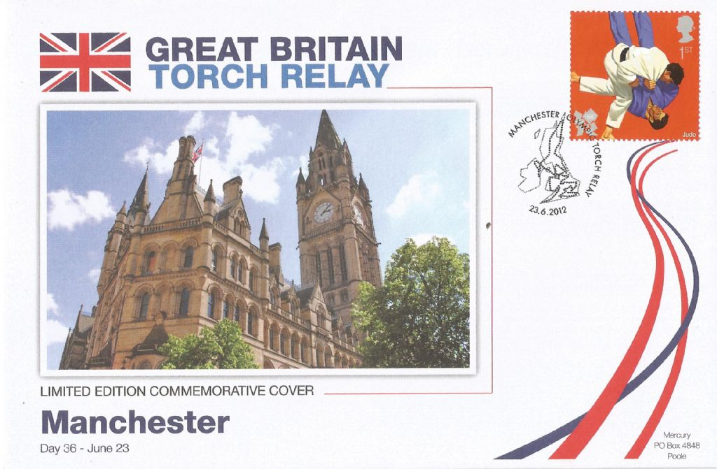2012_manchester olympic torch relay_18219.jpg